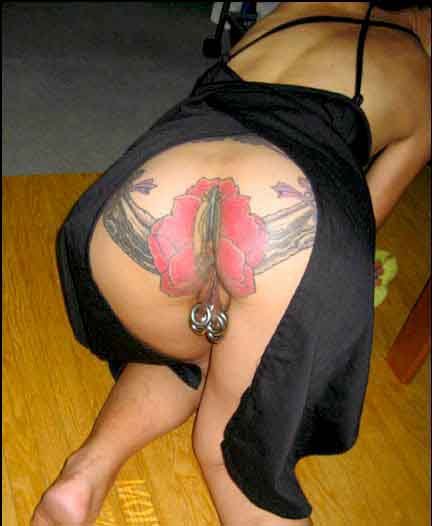 intim-tatuirovki-devushek